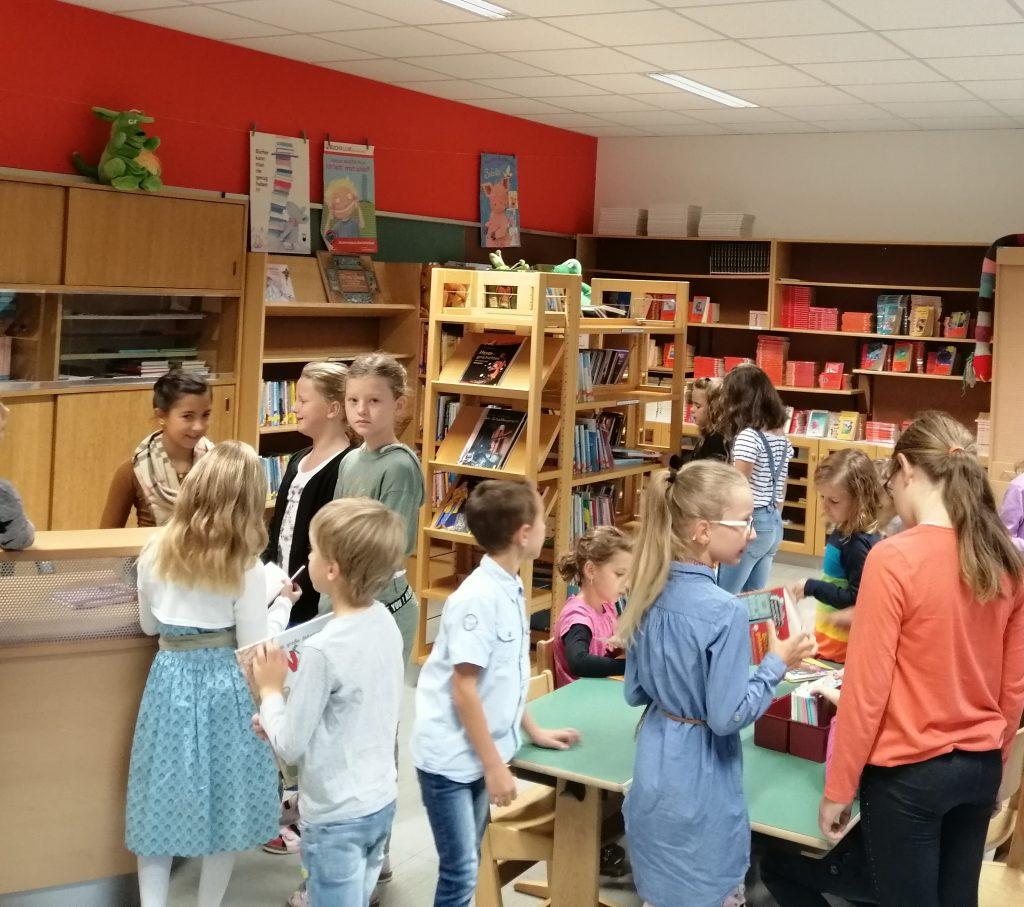 Bibliothek VS Katsdorf